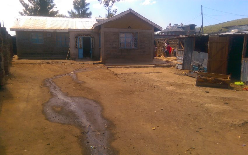 3 bedroom bungalow for sale in pipeline,Nakuru