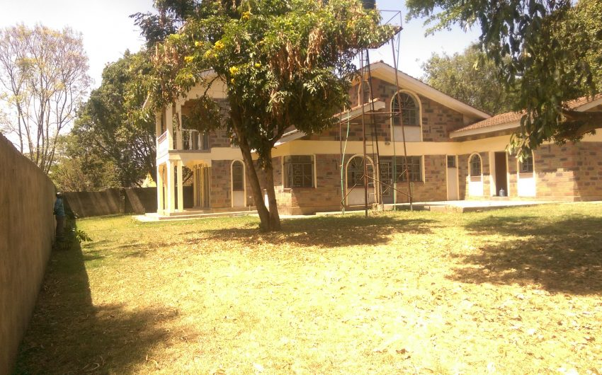 Milimani 4 bedrooms own compound to let,Nakuru