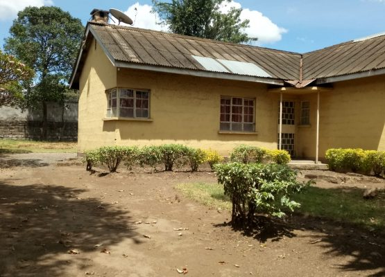 3 bedroom own compound neat st paul's university,Nakuru