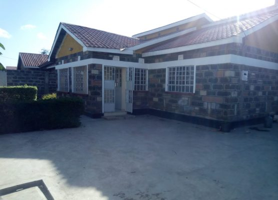 3 bedroom master ensuite house to let in Lanet,Nakuru